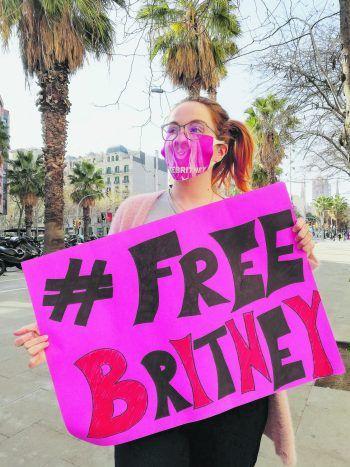 """<p class=""""caption"""">               Seit Stefanie erstmals von den Anschuldigungen gegen Britneys Vater und ihr Management gehört hat, unterstützt sie die #FreeBritney-Bewegung.             </p>"""