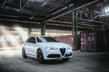 """Von allen Seiten ein Schmuckstück: Der Alfa Romeo Stelvio """"Veloce Ti"""". Fotos: handout/Stellantis"""