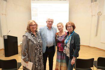 "<p class=""caption"">Initiatorin Irmgard Simma, Referenten Univ.-Prof. Michael Frass, Ursula Bubendorfer und Michaela Bijak.</p><p class=""caption""/>"