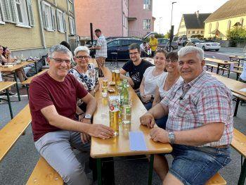 """<p class=""""caption"""">Roman und Andrea Schedler, Dietmar und Manuele Hartmann mit Daniel Hartmann und Corinna.</p>"""