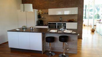 Da wird das Kochen zum Vergnügen: Jetzt die Aktion vom Küchenstudio Wäger in Frastanz nutzen und eine Traumküche zum Werkspreis ergattern.Fotos: handout/Wäger Küchenstudio