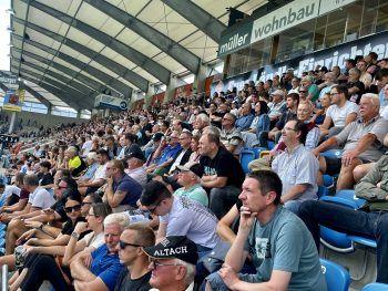 Das Publikum verfolgte die Partie gegen Ried gespannt.