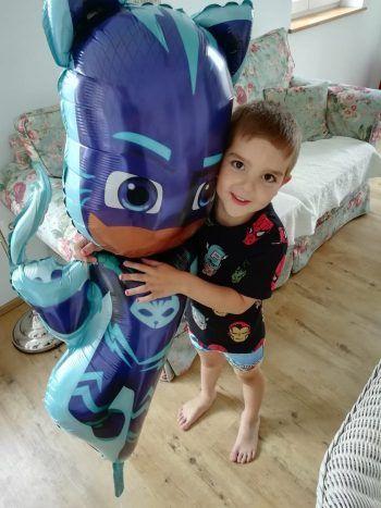 Der kleine Aaron und seine Familie hoffen sehr, einen Spender zu finden.Foto: Geben für Leben