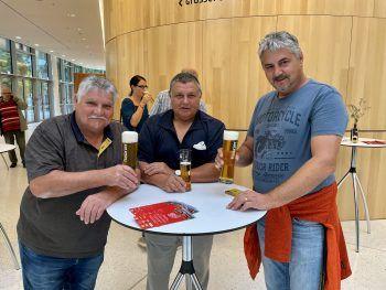 """<p class=""""caption"""">Die Brüder Günter, Rudi und Gerhard Mock.</p>"""