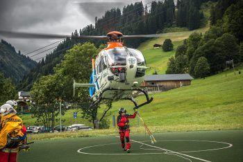 Die Frau wurde vom Rettungshubschrauber Gallus 1 geborgen. Symbolfoto: Bergrettung Vlbg.
