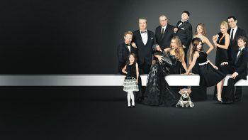 Modern Family – Staffel 11Netflix, Serie, Comedy. Nach langem Warten ist es soweit: Auf Netflix läuft ab sofort die finale Staffel der mehrfach ausgezeichneten Hit-Comdey.