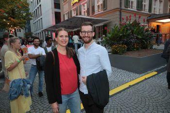"""<p class=""""caption"""">Stefanie Sturn und Johannes Gasser (NEOS).</p>"""