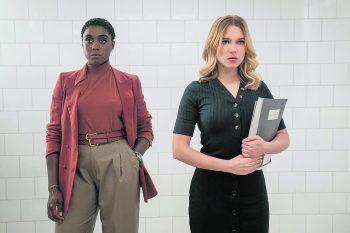 "<p class=""caption"">Doppel-0-Agentin Noma (Lashana Lynch) und Madeleine Swann (Léa Seydoux).</p>"