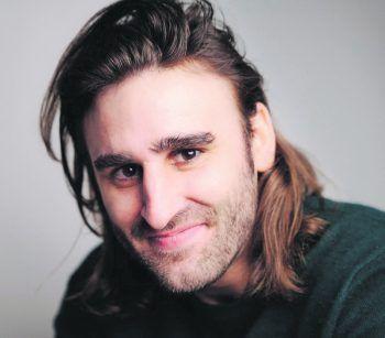 """<p class=""""title"""">               """"Eine gute Seele getroffen""""             </p><p>Schauspieler Luka Vlatkovic: """"Auf dem Heimweg nach einer Party kam ich mal mit einem Obdachlosen ins Gespräch. Er erzählte, dass er schwarz auf einem Hof gearbeitet und dort einen Unfall hatte. Die OP war teuer, hätte er gesagt, an welchem Hof er war, hätte er nicht zahlen müssen. Aber er wollte nichts sagen, um die anderen dort zu schützen.""""</p>"""