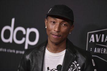 """<p class=""""title"""">Pharrell Williams</p><p>Der Sänger hat seit 2005 zwei eigene Modelabels: """"Billionaire Boys Club"""" und """"Ice Cream"""". Außerdem hat er schon mit mehreren Modemarken zusammengearbeitet und zum Beispiel eine Sneaker-Kollektion mit Adidas herausgebracht.</p>"""