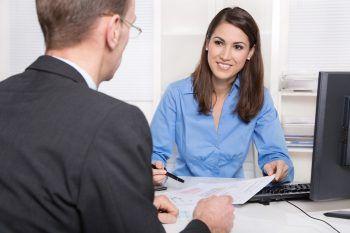 """<p class=""""title"""">               Sei selbstbewusst und sag, was du willst!             </p><p class=""""title"""">Du willst die Stelle unbedingt haben? Dann sei selbstbewusst und sag das ganz direkt! Der Satz: """"Ich würde mich sehr freuen, in Ihrer Firma arbeiten zu dürfen"""" erhöht die Chancen, beim Arbeitgeber einen guten Eindruck zu hinterlassen. Fotos: Shutterstock</p>"""