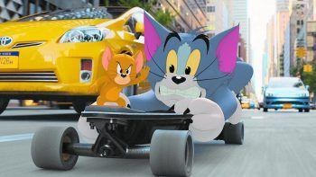 """<p class=""""title"""">Tom & Jerry</p><p>Sky, Film, Animation/Live-Action. Aktuell noch in den Kinos zu sehen und nun auch schon auf Sky verfügbar: """"Tom & Jerry"""" von Regisseur Tim Story entfacht eine der herzlichsten Feindschaften der Filmgeschichte aufs Neue. Läuft.</p>"""